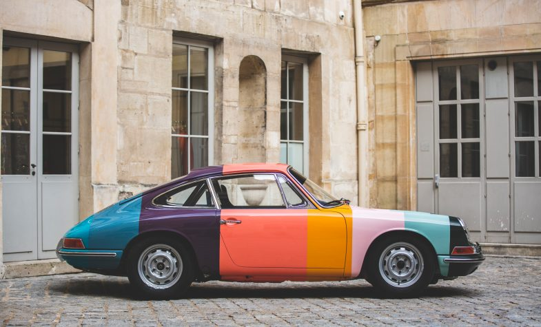 Paul Smith strip Porsche 911