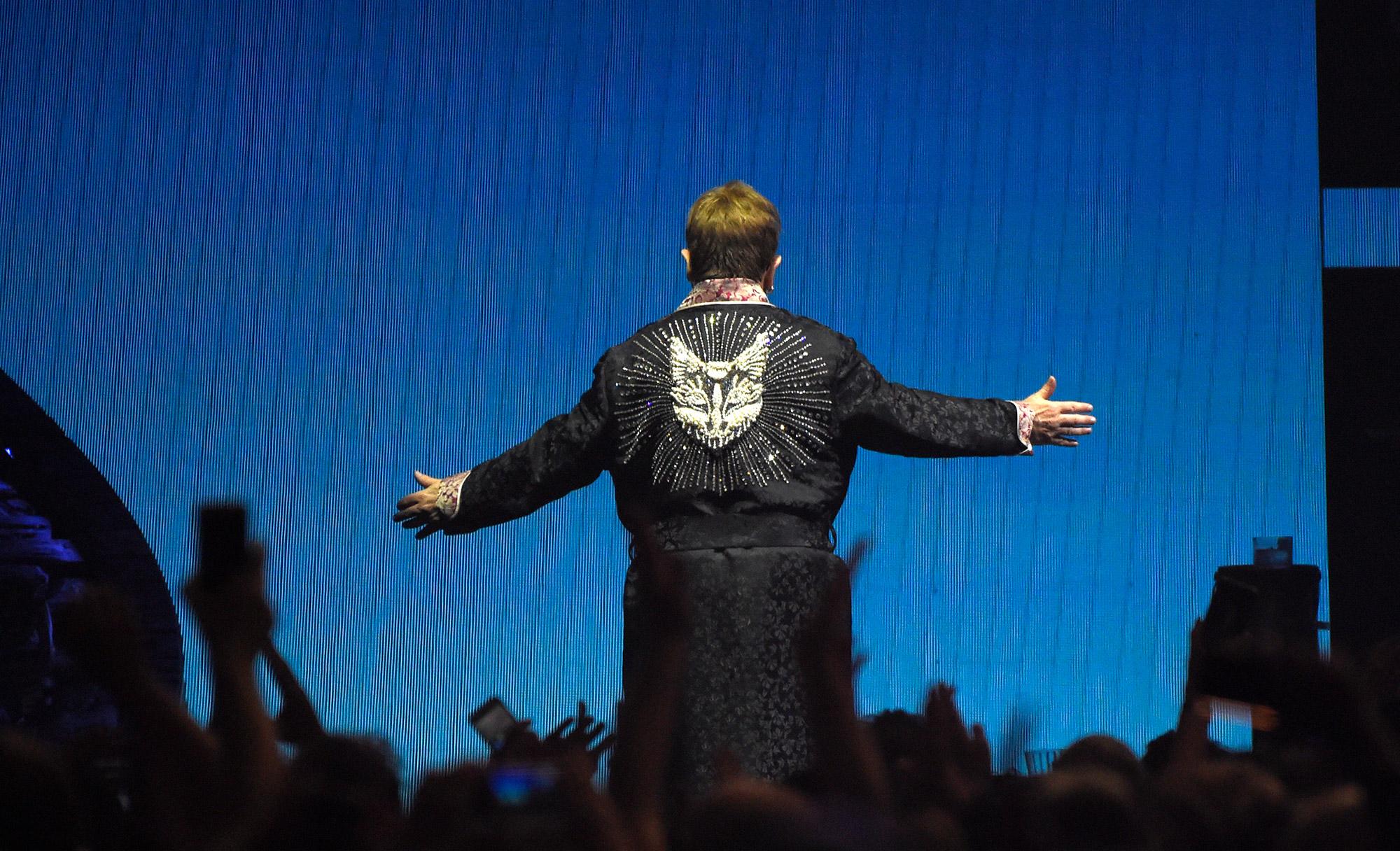 Elton John wears Gucci