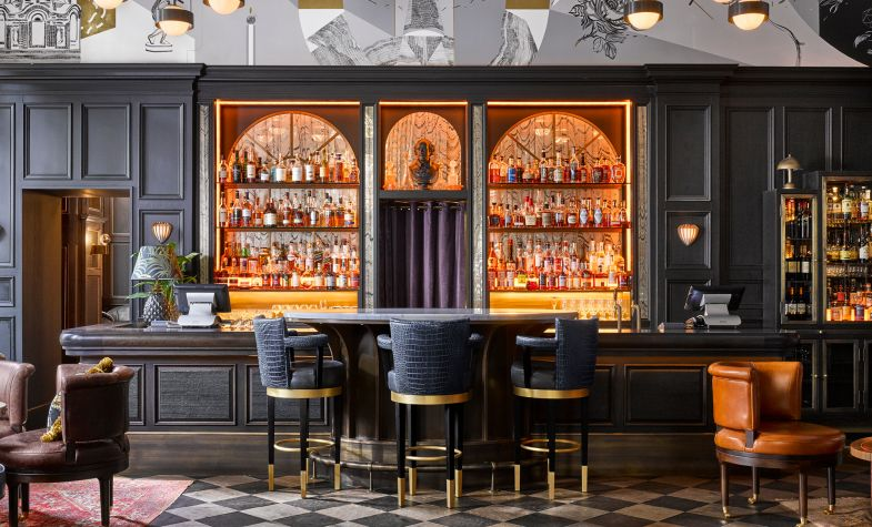 The bar at the new Kimpton Fitzroy London