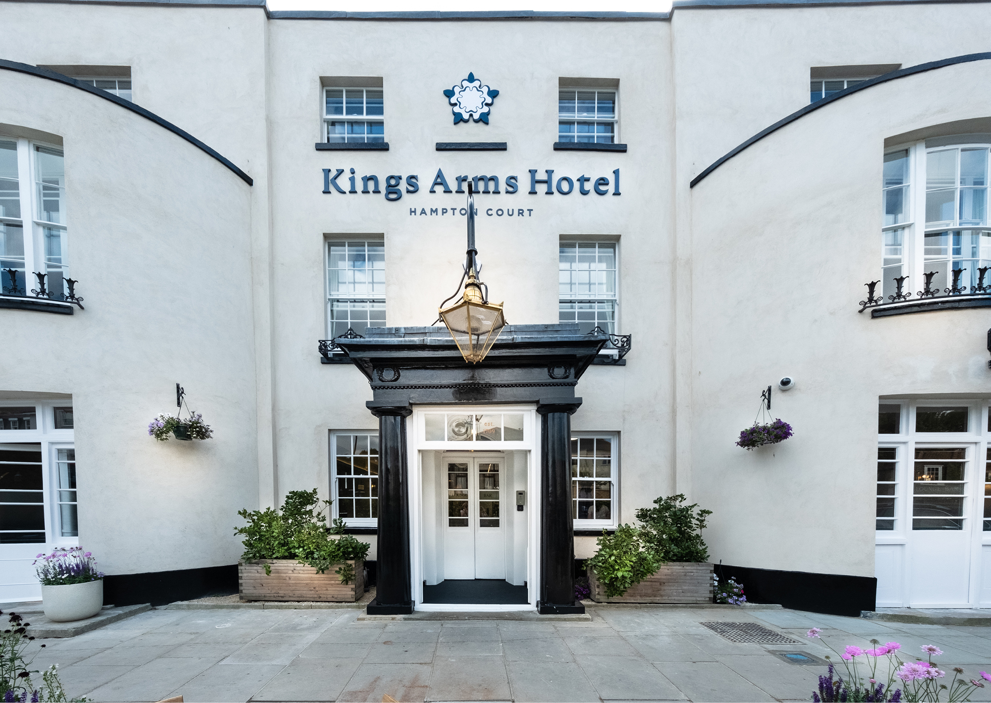 Kings Arms Hotel at Hampton Court