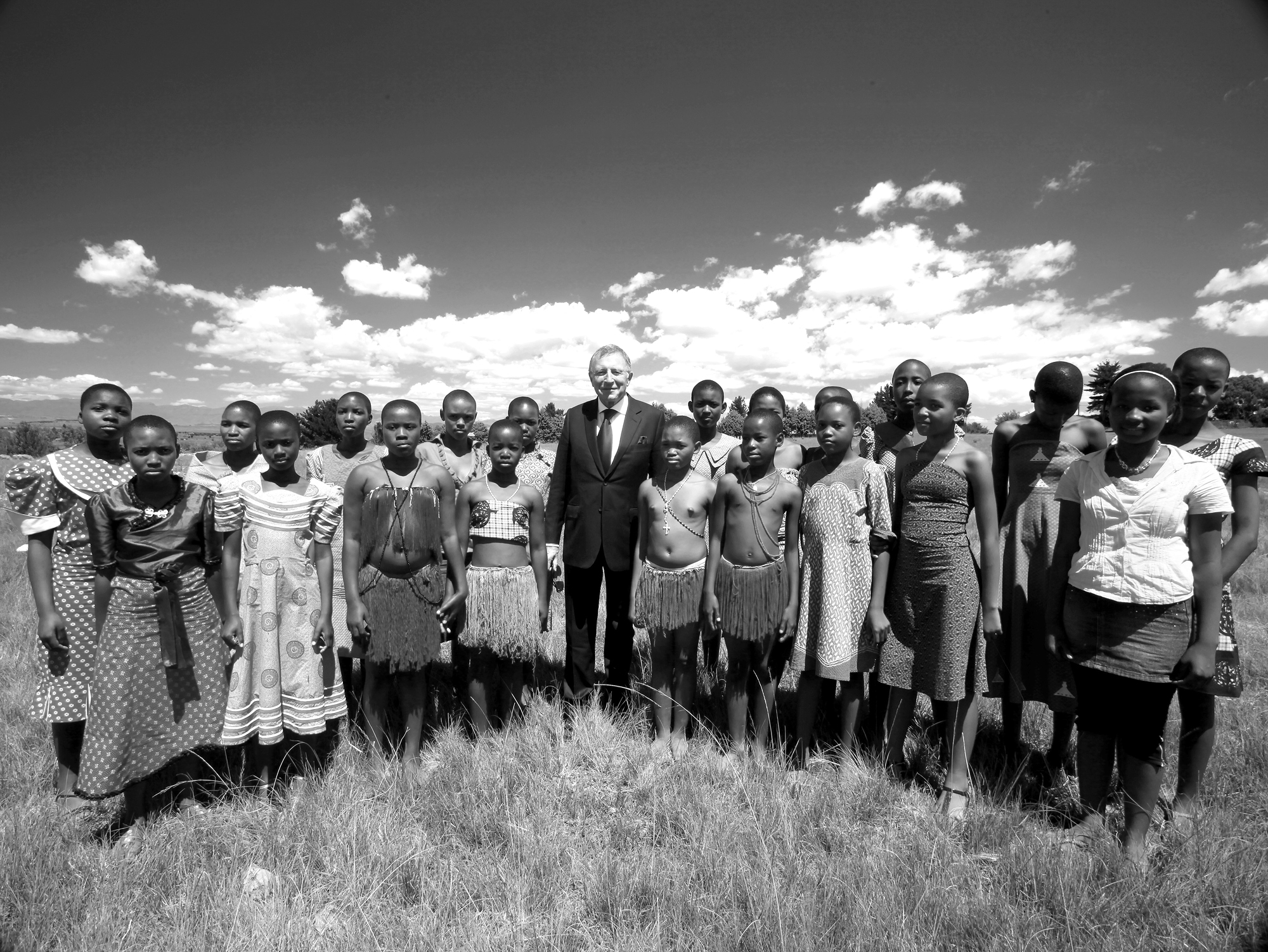 Graff supports African communities