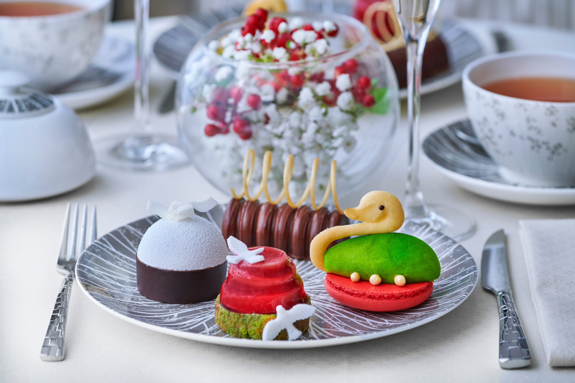 The Festive Afternoon Tea with Perrier-Jouët at the Wellington Lounge at the Intercontinental London Park Lane hotel