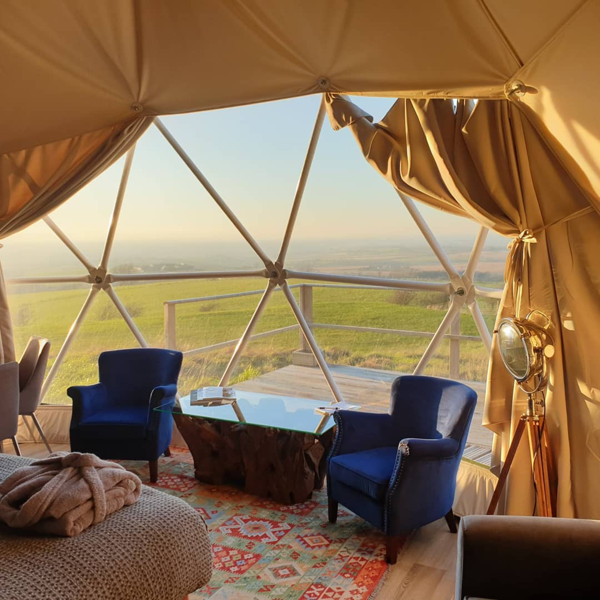 Each dome is like a room you would expect to find in a luxury boutique hotel, with all the essential facilities for a sumptuously comfortable getaway
