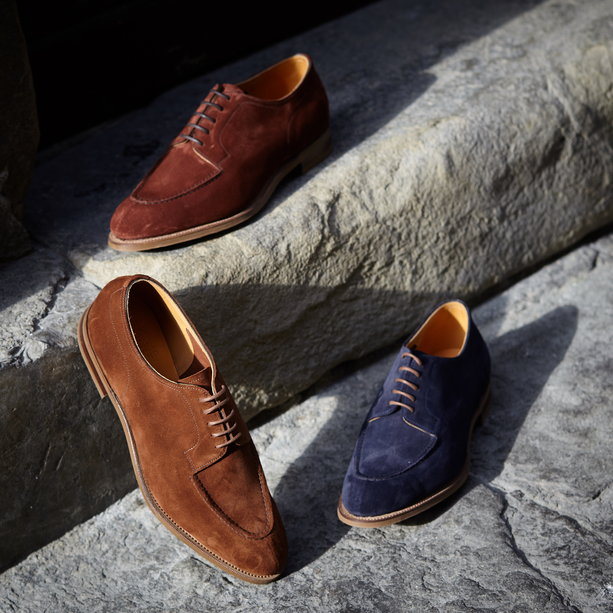 Unlined suede Dovers are the ideal spring-to-summer accessory