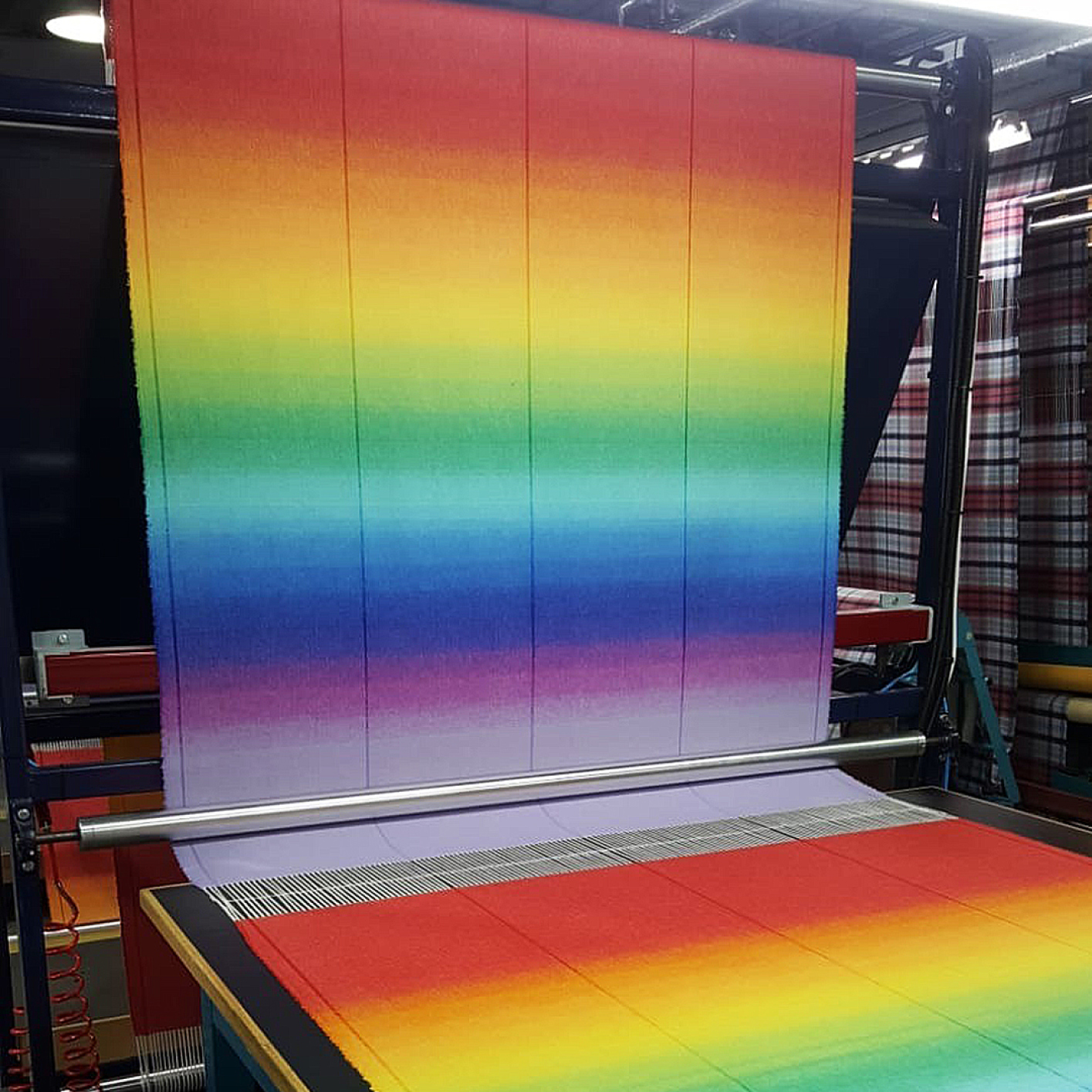 Johnstons of Elgin's Jacquard loom allows for fine ombre graduation of colours