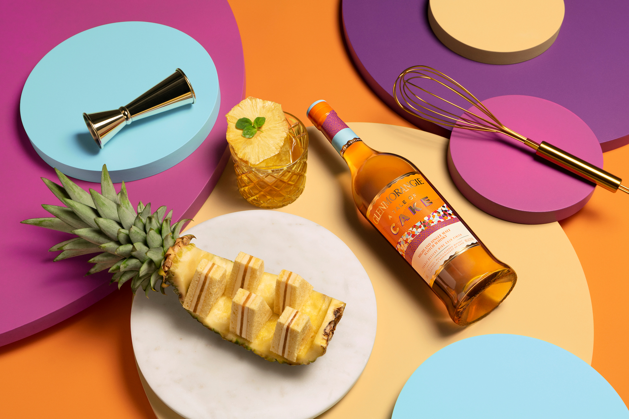 A Tale of Cake by Glenmorangie has been paired with a pineapple boat cake