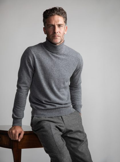 Johnstons of Elgin has refreshed the design of its modern classics, from the cashmere roll-neck to crew necks and accessories