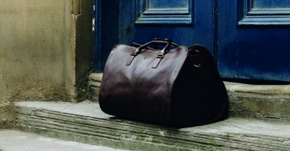 Follow in 007's footsteps and carry your suit (and other essentials) in a leather Bennett Winch Suit Carrier Holdall