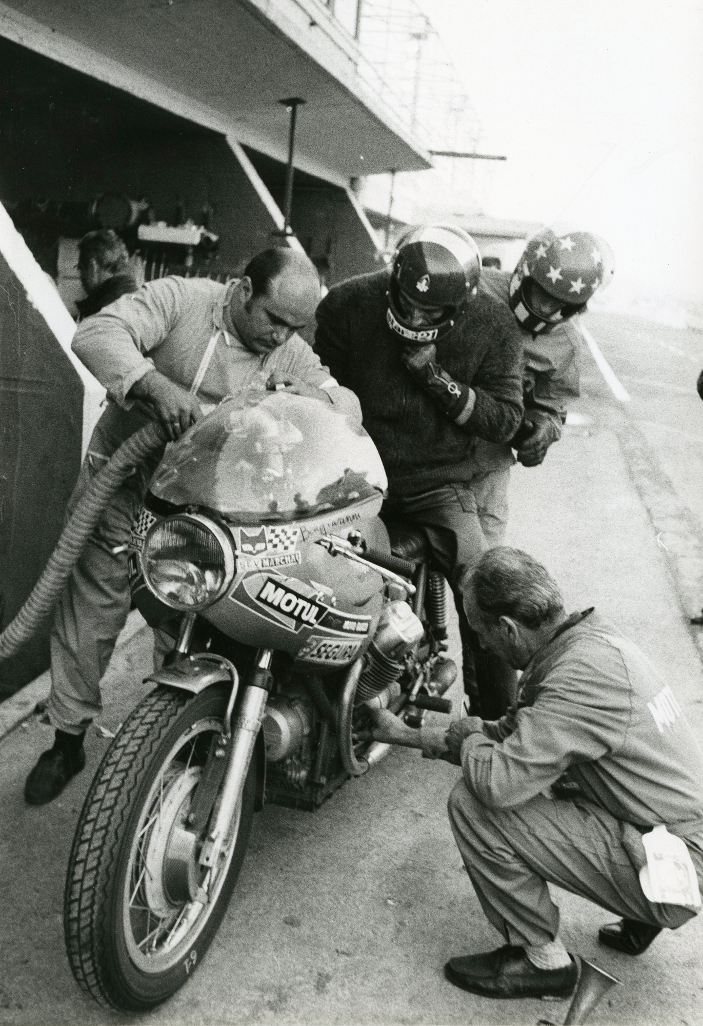 Moto Guzzi at 24-Hour Le Mans in 1972
