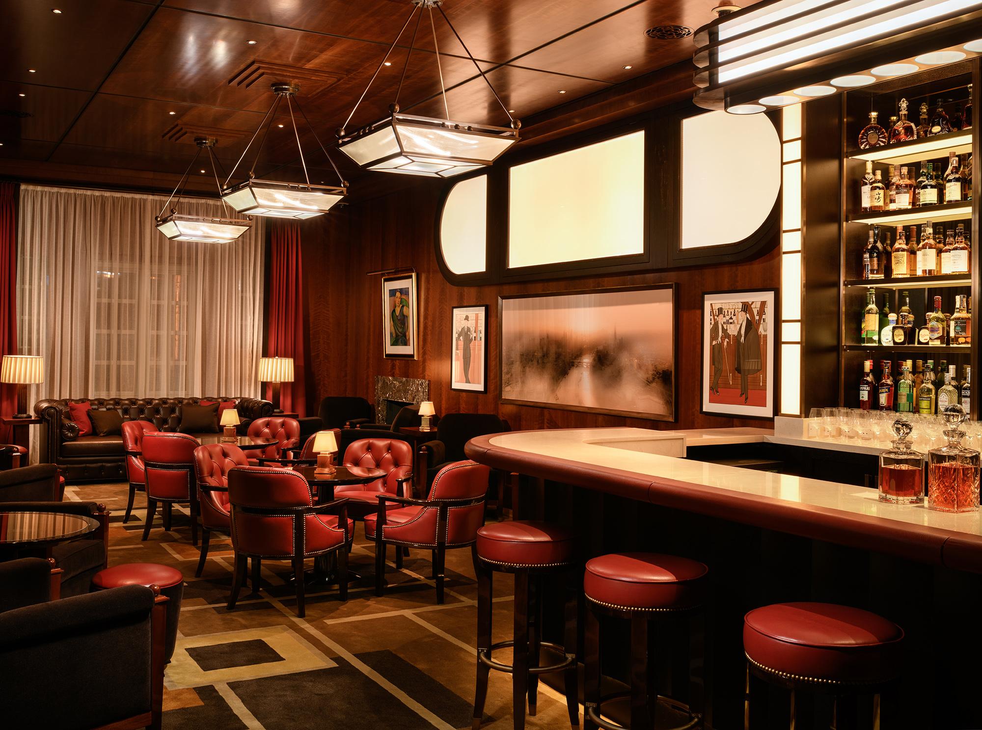 Le Magritte Bar